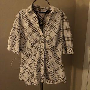 New York & Company button down shirt size M